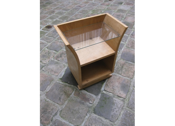 table appoint petite en. Black Bedroom Furniture Sets. Home Design Ideas