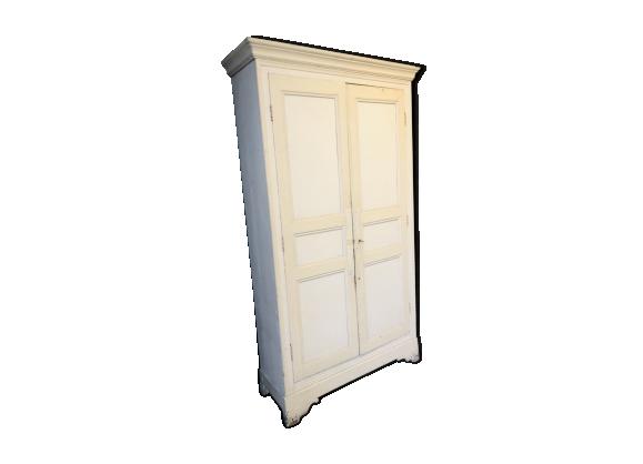 Large beige Cabinet