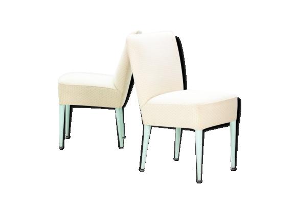 Paire de fauteuils cocktail années 50