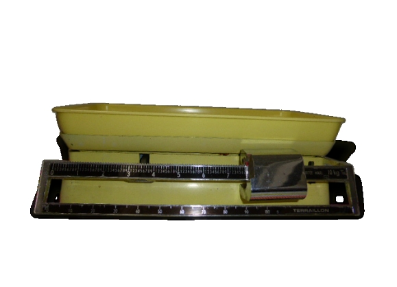 Balance de ménage de couleur jaune, terraillon vintage 1960 en métal