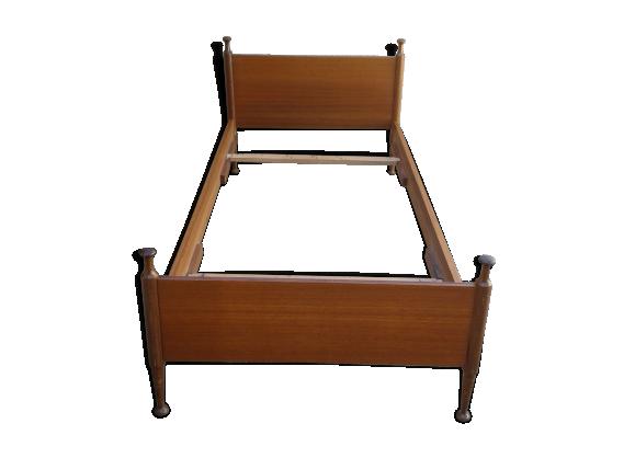 lit d 39 une personne scandinave bois mat riau bois couleur bon tat scandinave. Black Bedroom Furniture Sets. Home Design Ideas