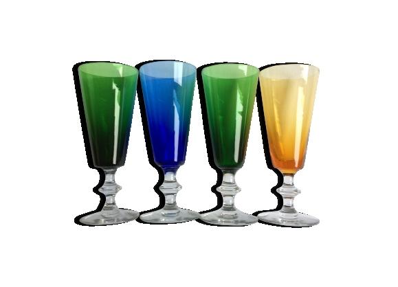 Ensemble de 4 verres à pied