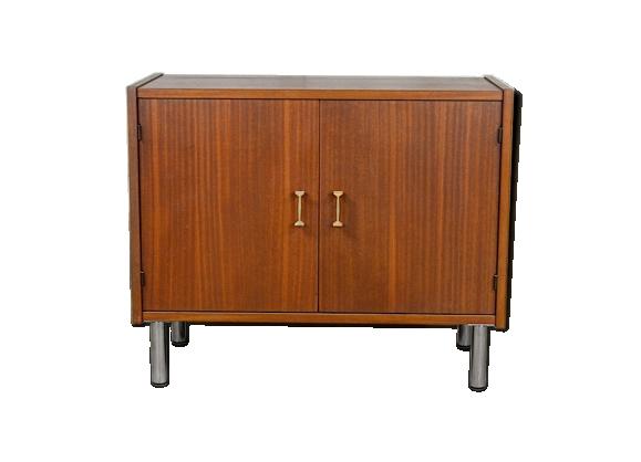 meuble design bas. Black Bedroom Furniture Sets. Home Design Ideas