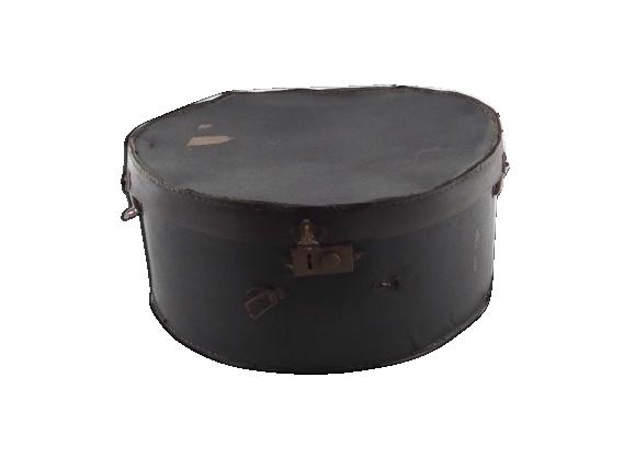 Boîte à chapeau ancienne