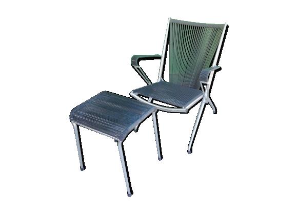 fauteuil pliable en m tal et scoubidou noir et son ottoman. Black Bedroom Furniture Sets. Home Design Ideas