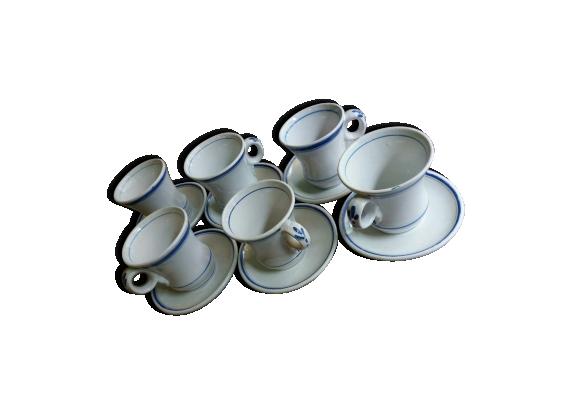 Ensemble de 6 anciennes tasses brûlots en porcelaine