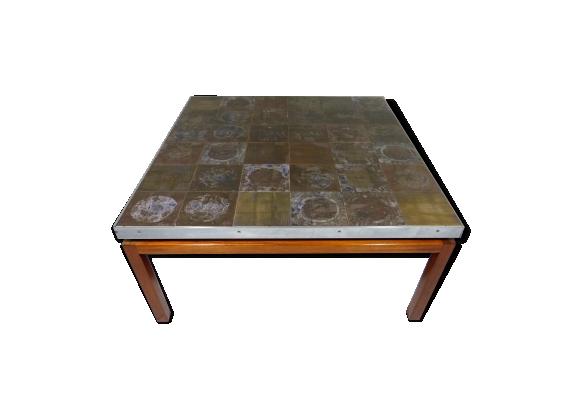 Table basse carrée avec plateau en céramique