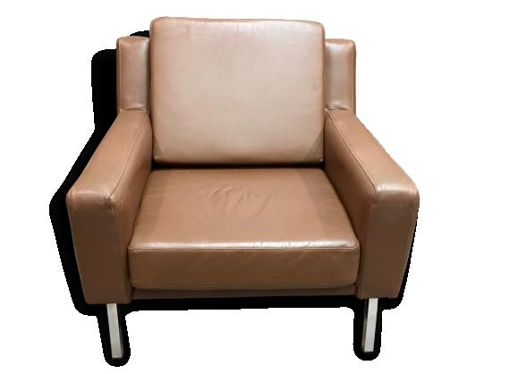 fauteuil cuir marron design classique scandinave product main Résultat Supérieur 50 Incroyable Fauteuil Cuir Fauve Photos 2017 Xzw1