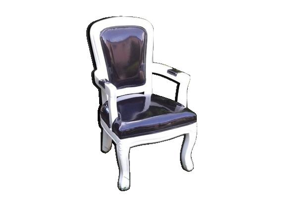 Chaise m daillon enfant bois blanc et ska ska noir for Chaise medaillon enfant