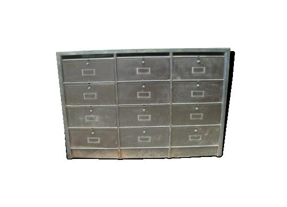 L40 X H126 X P40 Cm Dimensions Meuble A Clapets 8 Cases En Metal Coloris Aluminium