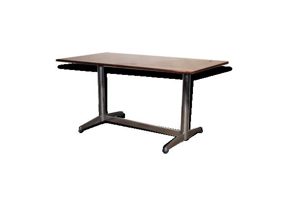 Table de salle à manger en bois de rose et pieds en métal