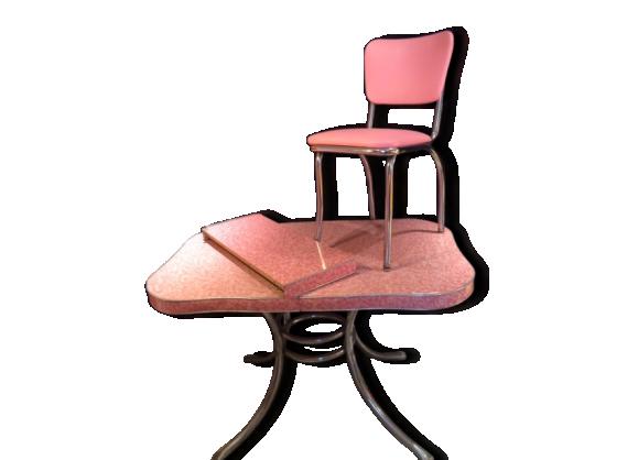 Table de cuisine avec chaises room cuisine moderne fond for Ensemble table et chaise transparent