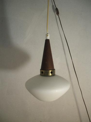 suspension scandinave verre et cristal blanc bon tat vintage. Black Bedroom Furniture Sets. Home Design Ideas