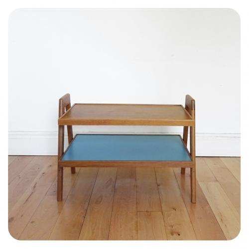 Table basse 2 plateaux bois mat riau bleu bon tat for Table basse scandinave bleu