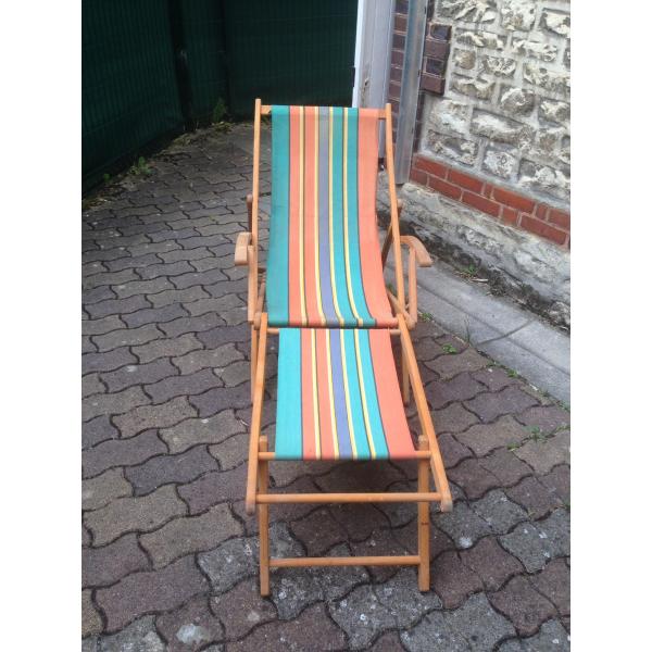 Chaise longue chilienne bois mat riau bon tat for Chaise longue chilienne bois