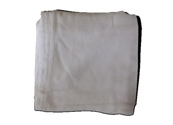 Nappe damassée blanche avec jeux de jours échelles