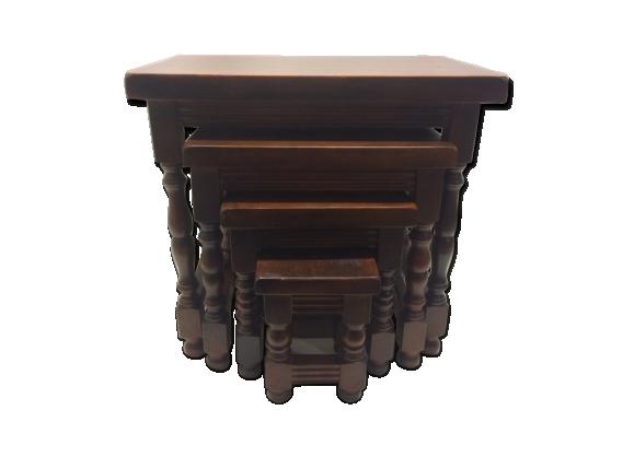 Lot de 4 tables gigognes bois massif