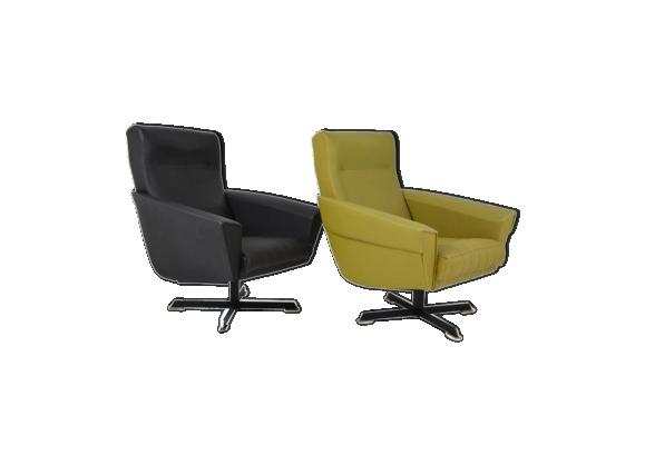 paire de fauteuils pivotants des ann es 50 ska vert. Black Bedroom Furniture Sets. Home Design Ideas