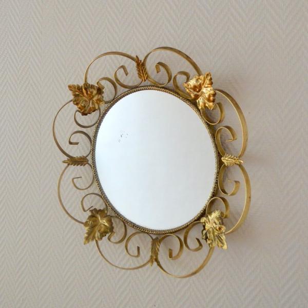 Miroir soleil ann es 50 laiton dor bon tat for Miroir annees 50