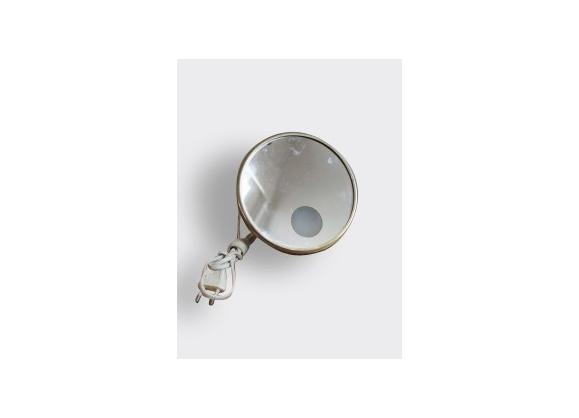 Miroir grossissant lumineux verre et cristal blanc for Miroir grossissant lumineux