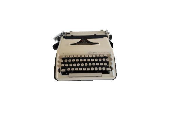 Machine à écrire remington