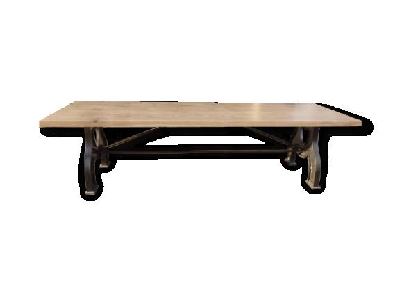 Immense table industrielle pieds A arqués en fer et plateau chêne de 3 m