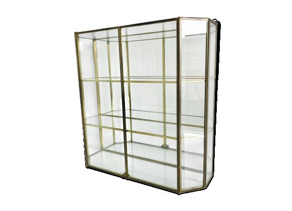 Vitrine en laiton miroir et verre verre et cristal for Verre et miroir