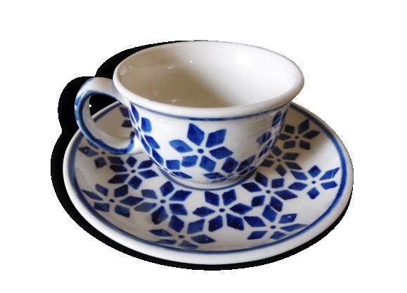 Ensemble petit dejeuner poterie de Pologne; peint a la main
