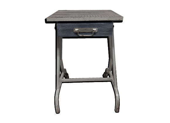 table industriel achat vente de table pas cher. Black Bedroom Furniture Sets. Home Design Ideas