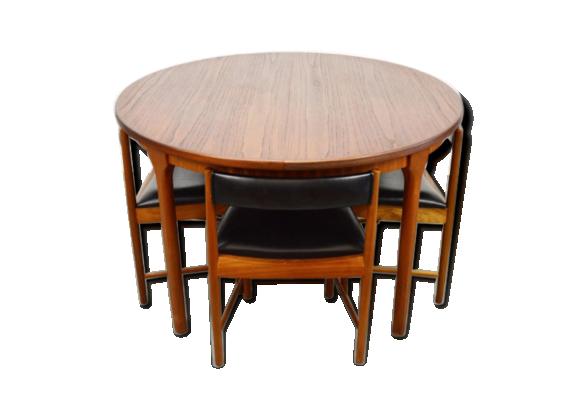 ensemble de table et quatre chaises par mcintosh mid century teck bois couleur bon. Black Bedroom Furniture Sets. Home Design Ideas