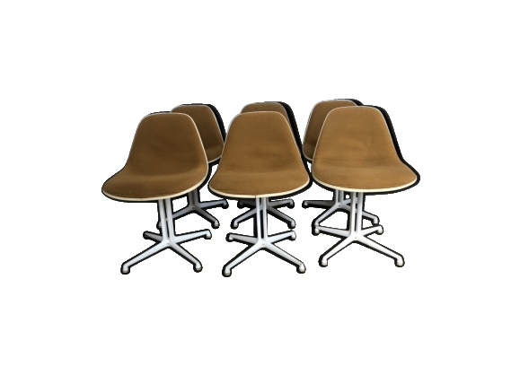 Lot 6 chaises par Charles & Ray Eames edition Herman Miller