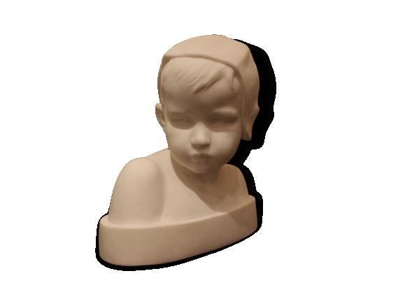 Buste d'enfant en marbre