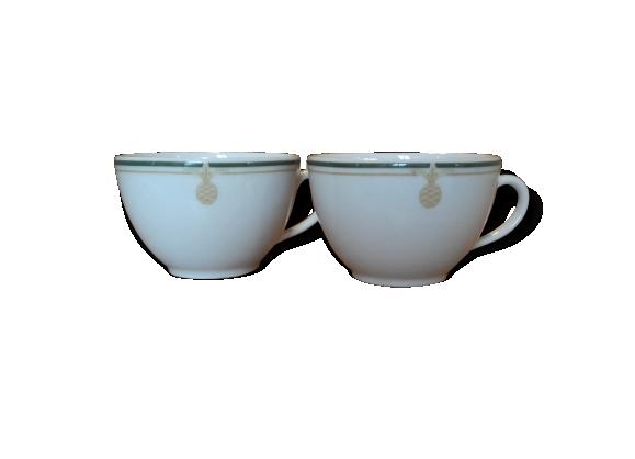 Lot de 2 petites tasses en porcelaine de chez 'deshoulières'