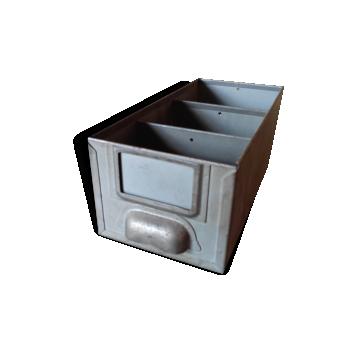 coffre malle caisse de rangement style industriel d. Black Bedroom Furniture Sets. Home Design Ideas