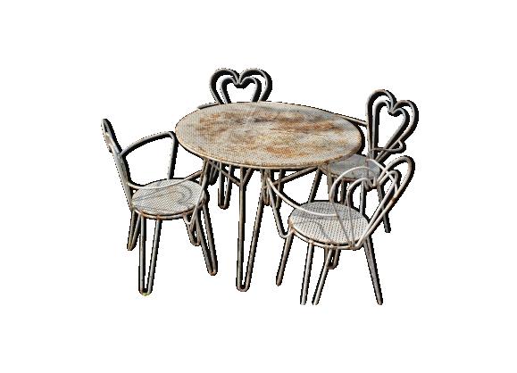 salon de jardin en fer 4 fauteuils dossier coeur mategot fer blanc bon tat design. Black Bedroom Furniture Sets. Home Design Ideas