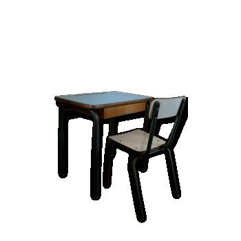 Pupitre et chaise d 39 colier bois mat riau vert for Chaise annee 90