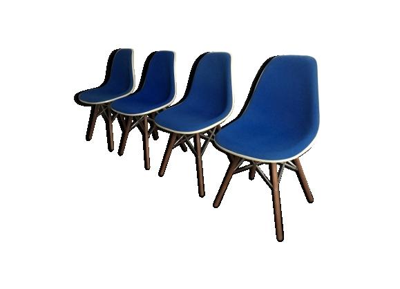 Série de 4 chaises DSW par Charles et Ray Eames 1950 pour Herman Miller