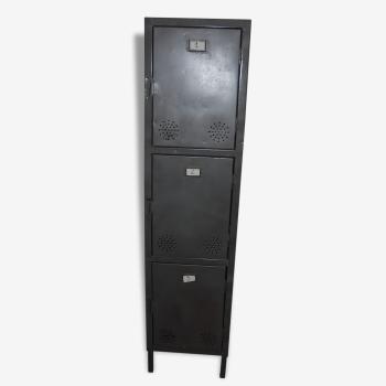 Ancien meuble de metier